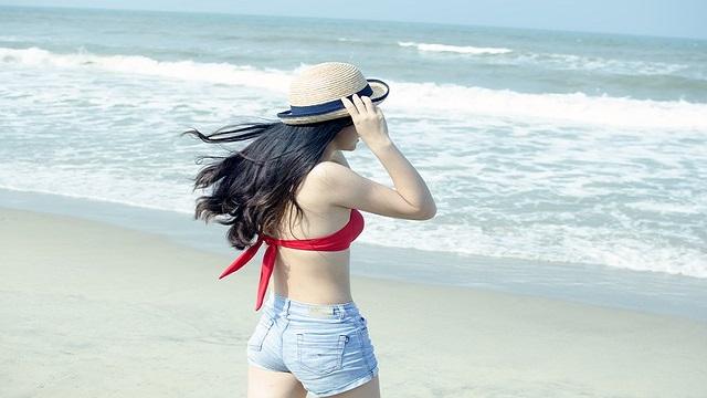 beach-1368021_640