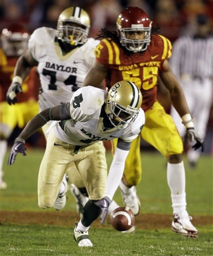 Baylor WR Kendall Wright is one of the top 2012 NFL Draft prospects at his position. However, college wide receivers tend to have a lot of little skills to master in order for their skills to translate to great pro production. Wright is no exception.