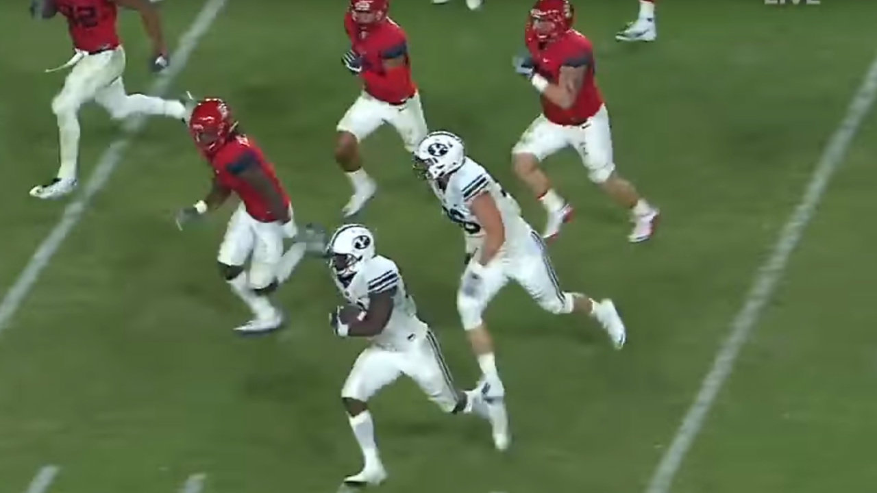 BYU Running Back Jamaal Williams is analyzed by Matt Waltman's Rookie Scouting report to determine 2017 NFL Prospects