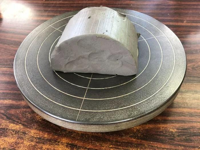 土ひねりで使う粘土