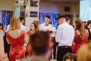 20180303-Maturantski-Ples-Farmacevtska-šola-4b-Galaksija-4015