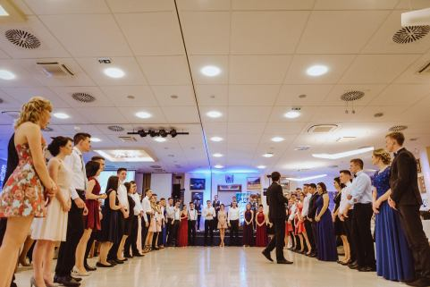 20180303-Maturantski-Ples-Farmacevtska-šola-4b-Galaksija-4263