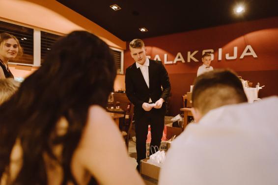 20180317-Maturantski-Ples-Farmacevtski-Tehnik-4A-3244