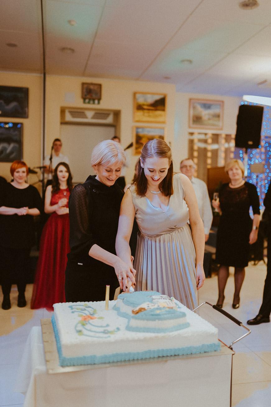 20190207 Maturantski Ples Zdravstvena šola Z4B 2645
