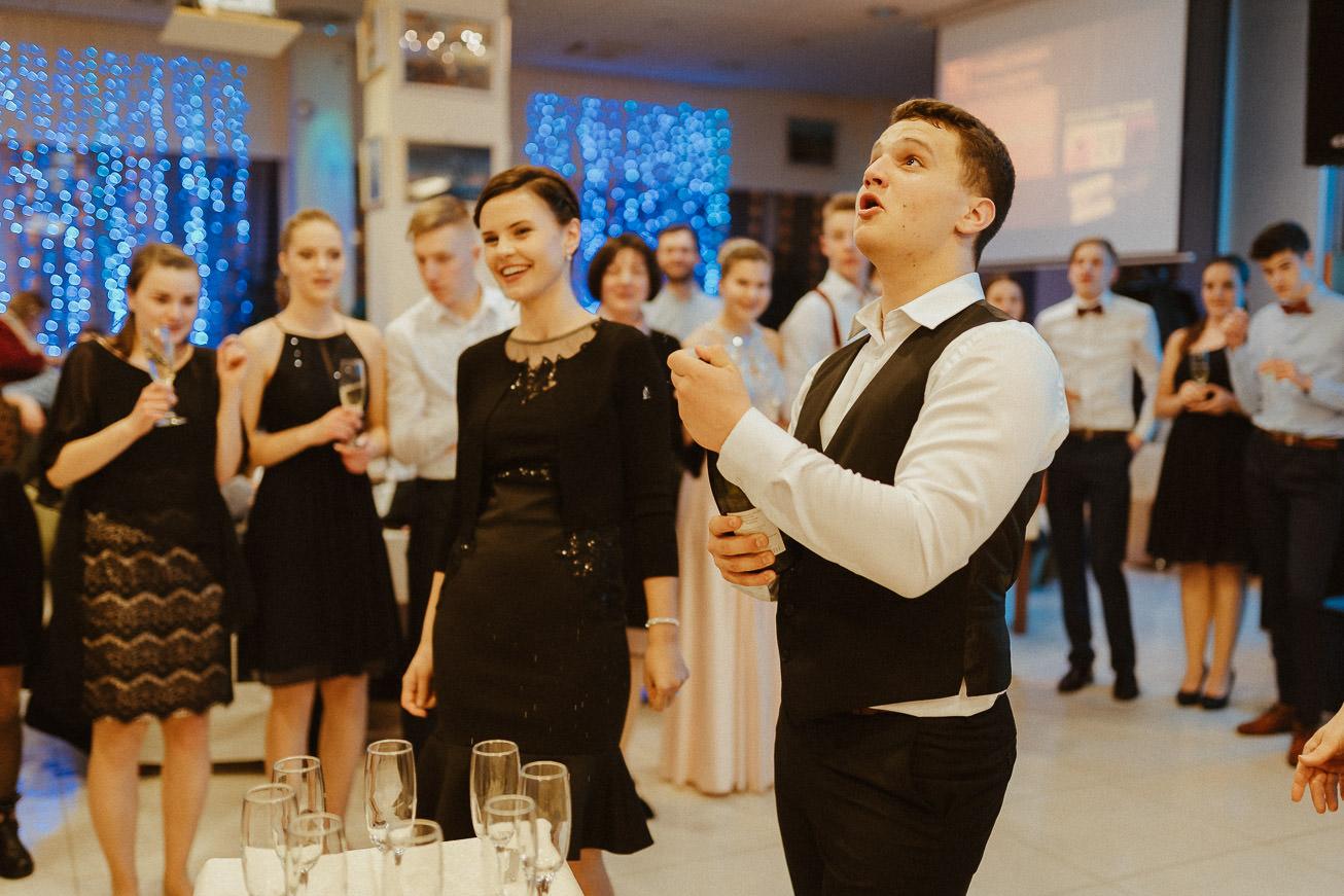 20190223 Maturantski Ples Kemijska šola K4B 3910