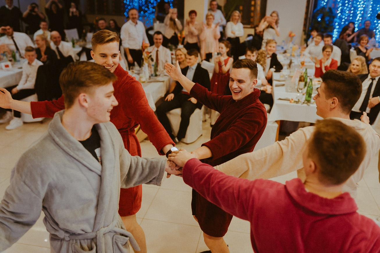 20190207 Maturantski Ples Zdravstvena šola Z4B 1742