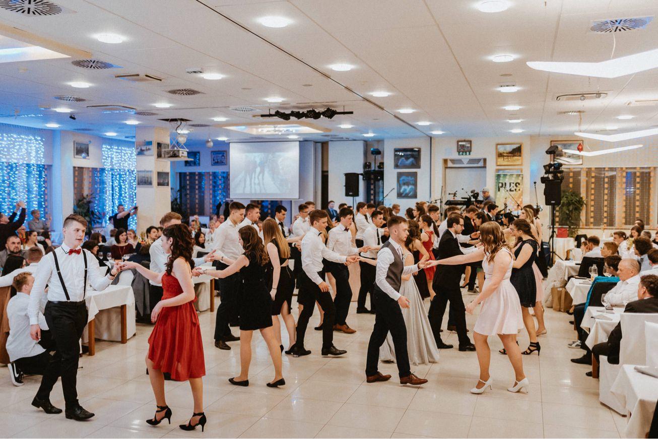 Galaksija Trebnje Maturantski ples 93