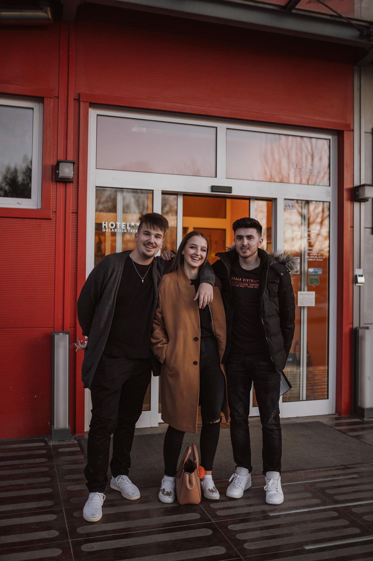 Gospodarsko razstavisce Ljubljana fotograf maturantski ples 5