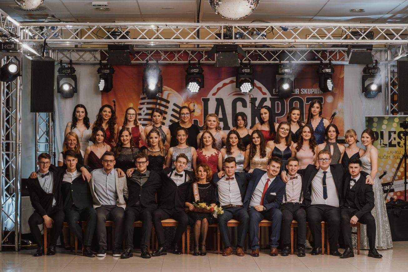 Gospodarsko razstavisce Ljubljana fotograf maturantski ples 51