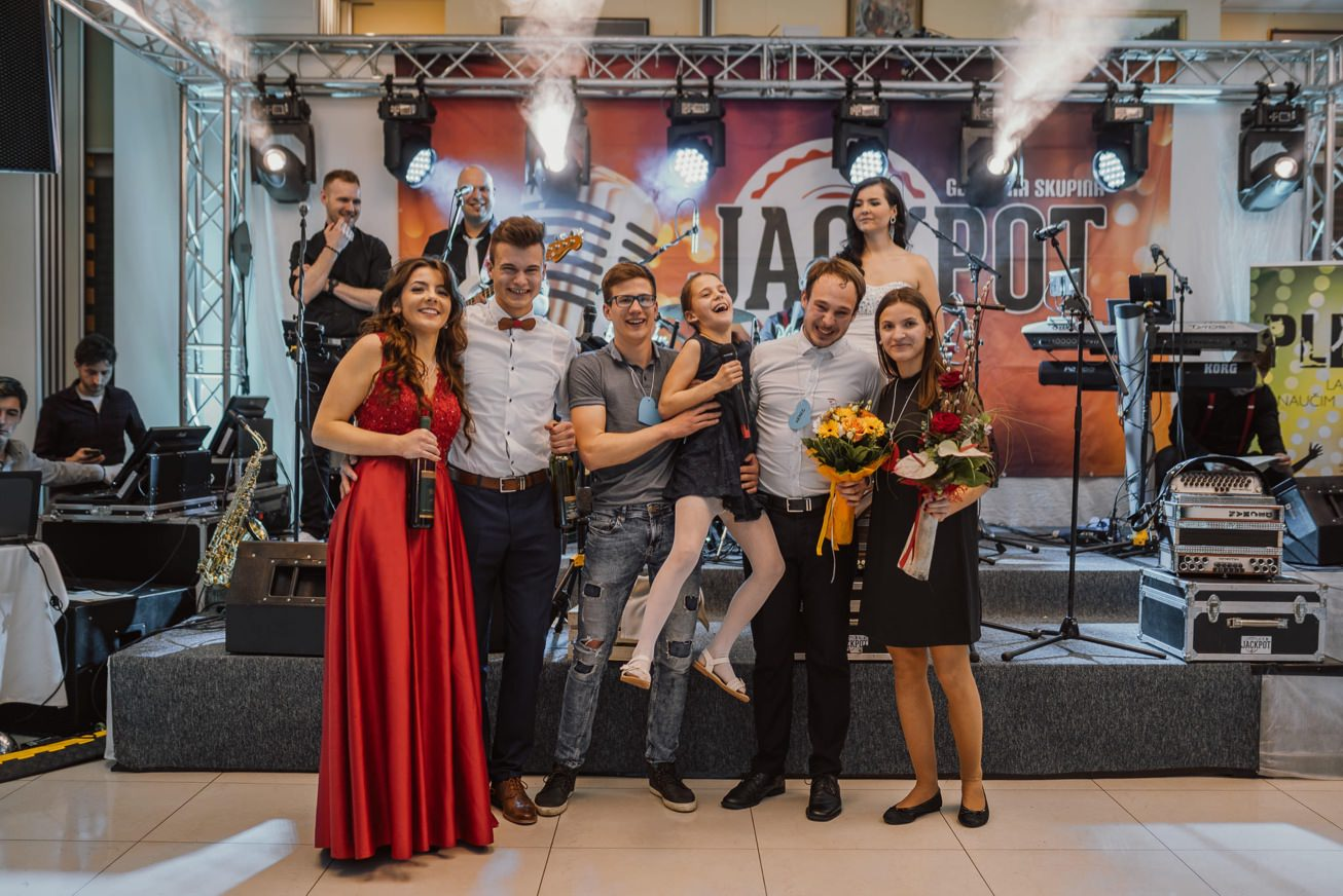 Gospodarsko razstavisce Ljubljana fotograf maturantski ples 81