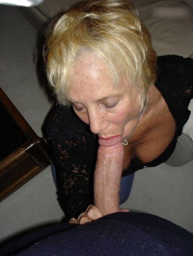 'mature amateur wife blowjob' Search - XNXX.COM