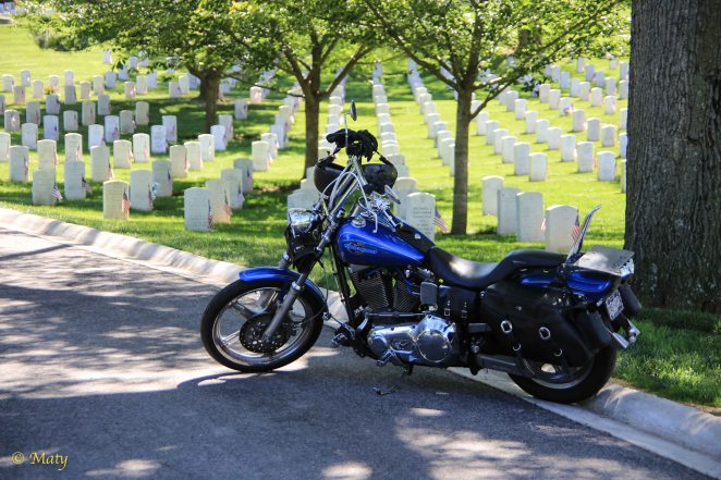 Visiting veteran at the Arlington Memorial Cemetery
