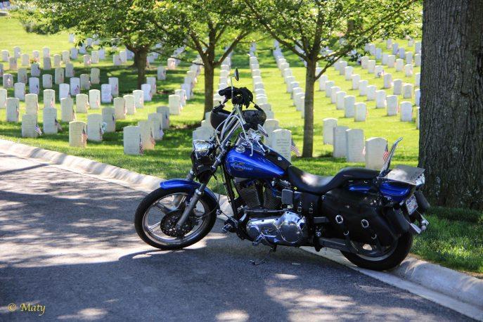 Visiting veteran at the Arlington Memorial Cemetery