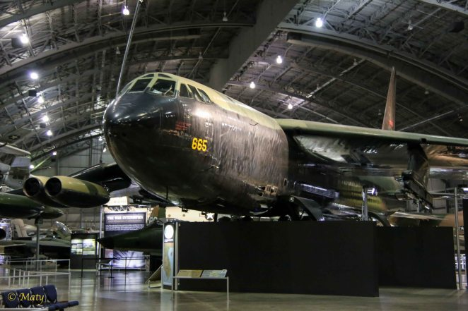 Boeing B-52D Stratofortress - nose