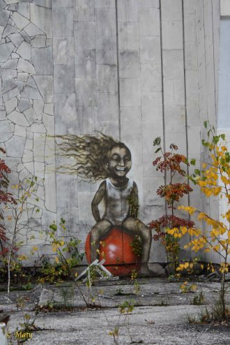 """out of this world"" graffiti - city of Pripyat"