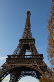 Eiffel Tower - Fall time