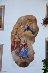 Plenty of buildings in Garmisch-Partenkierchen and other Bavarian towns have beautiful religious scenes