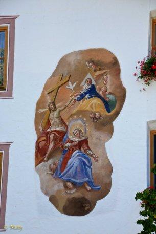 Plenty of buildings in Garmisch-Partenkierchen and other Bavarian towns have beautiful religious scenes