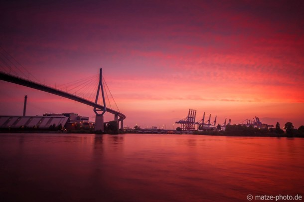 Hamburg Köhlbrandbrücke Sonnenuntergang