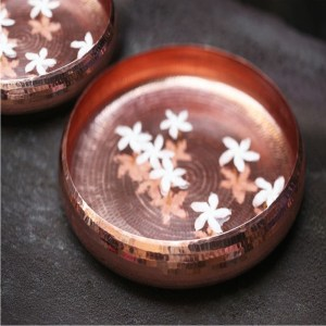 copper-bowl-with-flowers