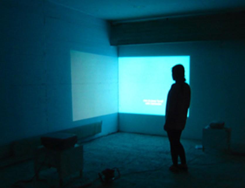 2009_conversation-piece_blue_mm_300