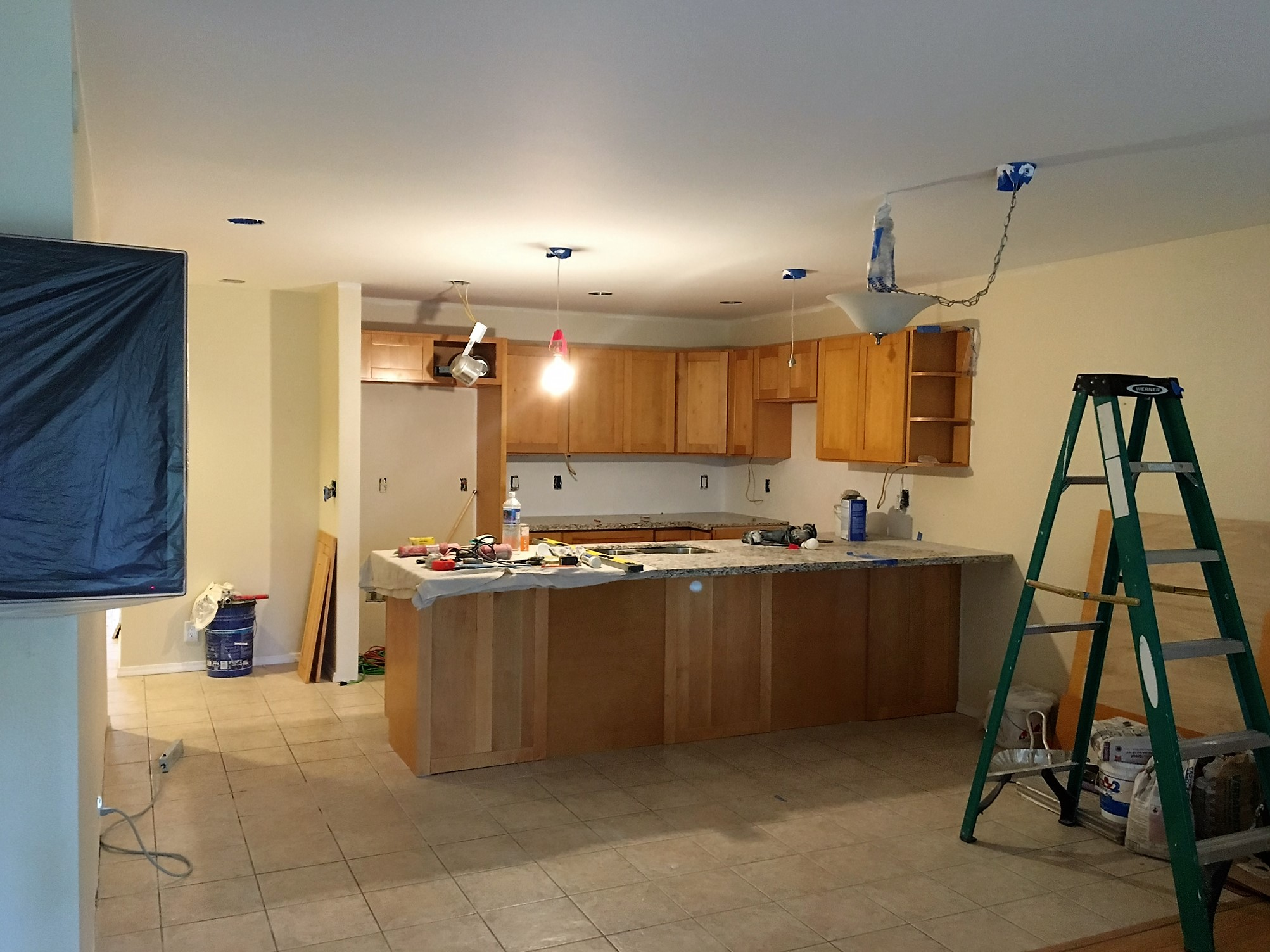What 39 s the update on the maui kamaole remodel maui for What s new in bathrooms 2016