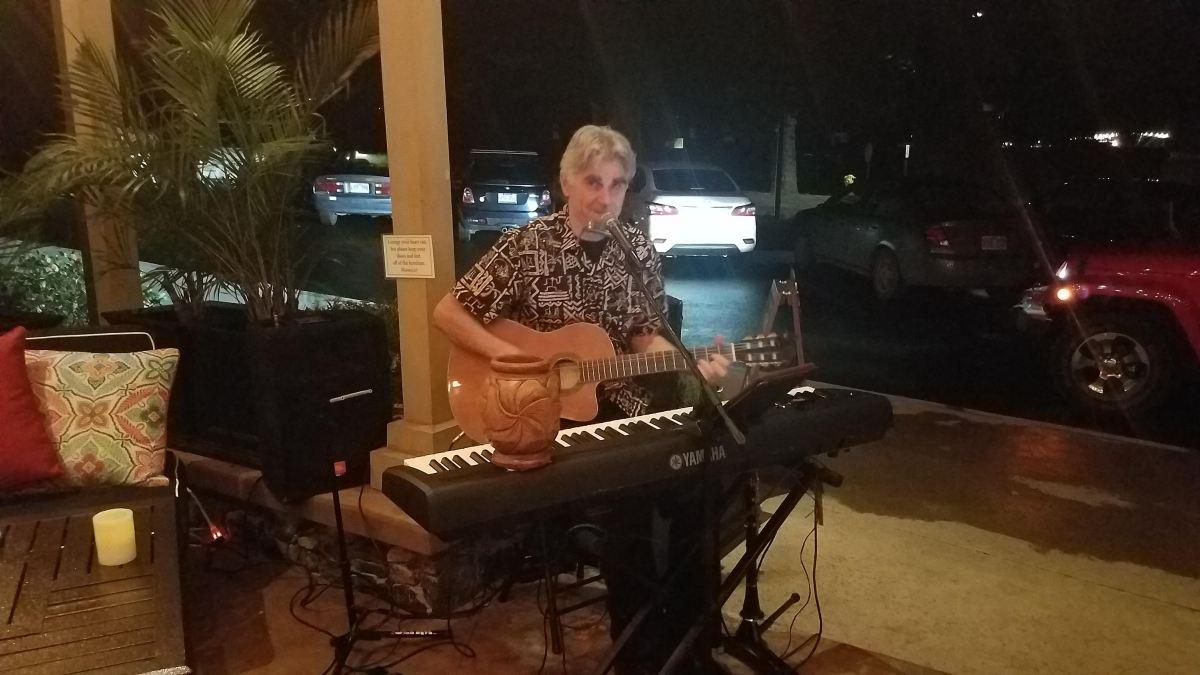 steve sargenti music - maui hi - pour house kapalua