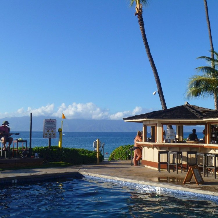 Royal Lahaina Resort Beach Bar Happy Hour
