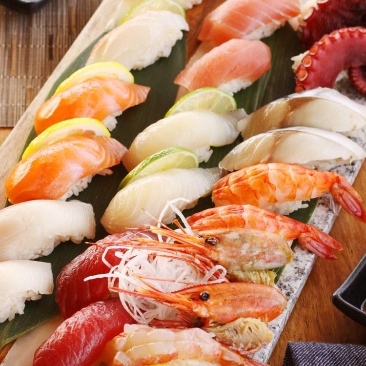 happy hour at isana maui hawaii restaurant - sashimi platter
