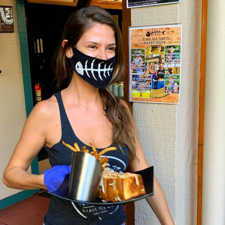Female Restaurant Server with Mask at Down the Hatch Lahaina Maui - Maui Happy Hours