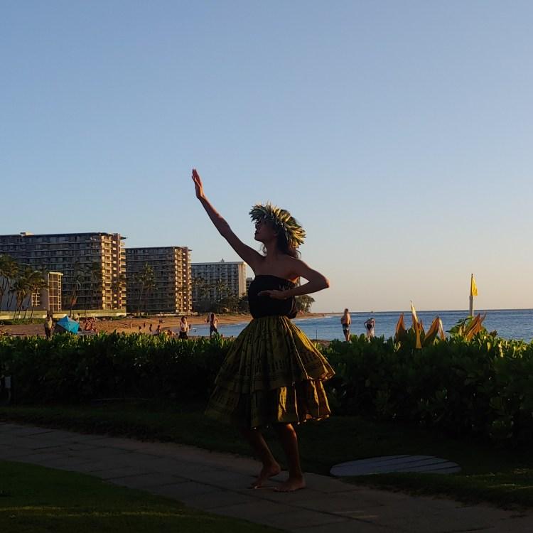 Happy Hour Cliff Dive Grill at Sheraton Maui Resort Kaanapali Beach