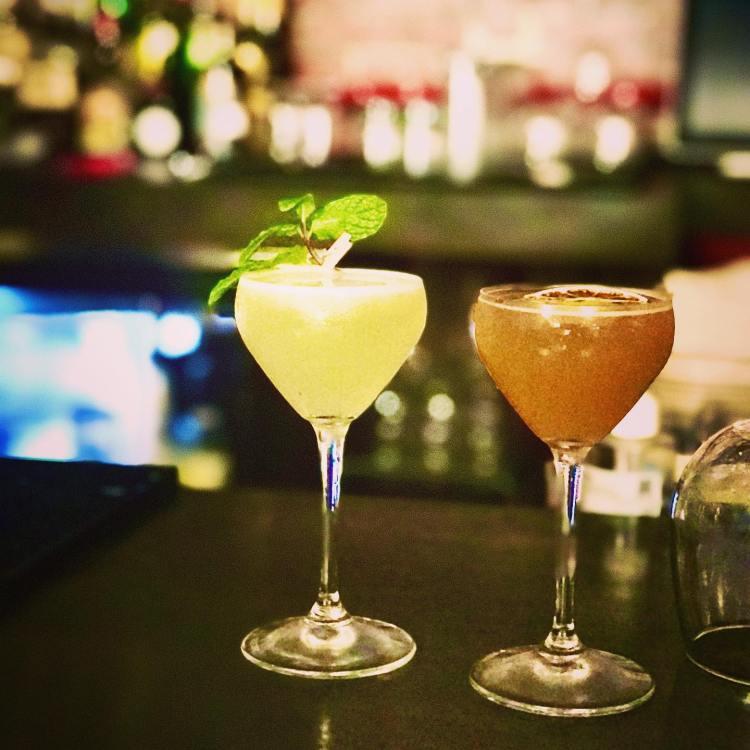 Happy Hour Specials Vibe Bar