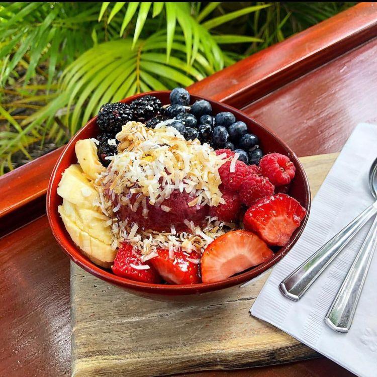 Acai Breakfast Bowl - Nalus Maui Restaurant