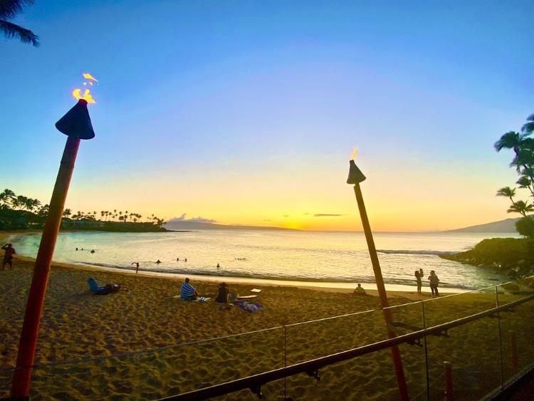 Sunset at sea house maui restaurant - napili kai beach resort