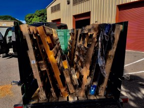 hauling pallets maui recycling