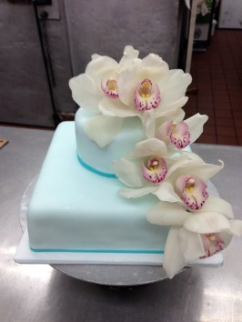 Maui Sweet Cakes Wedding Blue Flowers