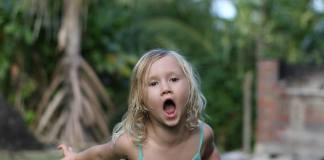 Maui girl children behavior
