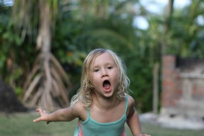 Maui girl children behavior
