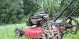 Maintenance lawn mower tips