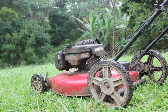 Maintenance lawn mower tips