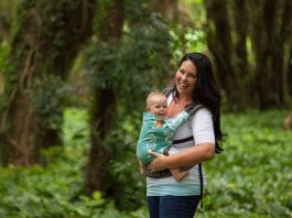 attachment parenting baby wearing