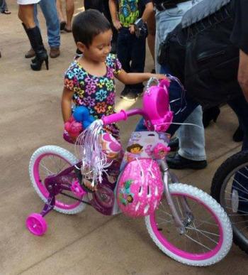 Happy Keiki with New Bike & matching Helmet