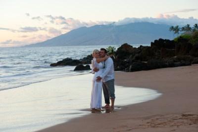 beach1-768x511