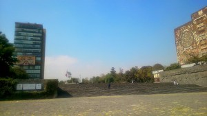 Biblioteca Central y Rectoría de la UNAM