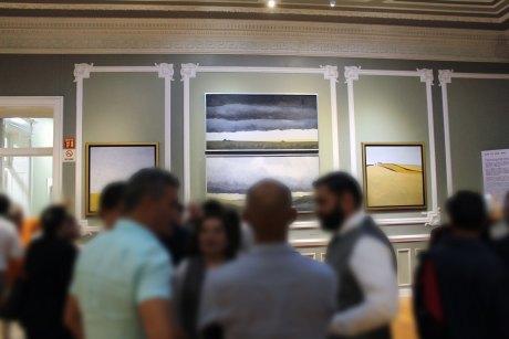 Exposición temporal Son lo que son de Enrique Cattaneo