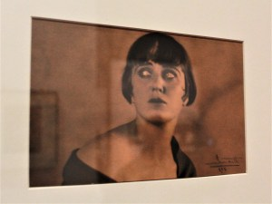 Nahui Olin, 1925, Librado García, Smarth, gelatina sobre bromuro, colección particular.
