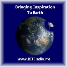 Maura Sweeney talks about Living happy - Inside Out on Blogtalk's Bringing Inspiration to Earth Show with Robert Sharpe
