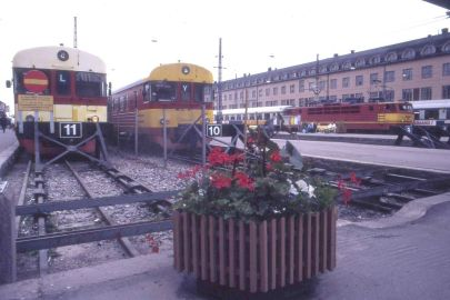 1024px-helsinki_railway_station_in_1987