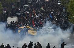 فيديو/ مظاهرات ضد ماكرون في أول يوم رئاسة