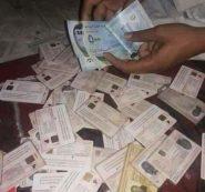 عاجل : بطاقات التعريف الوطنية تباع في الأسواق